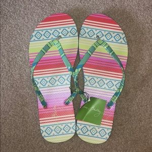 Vera Bradley Flip Flops SIZE L (9-10)